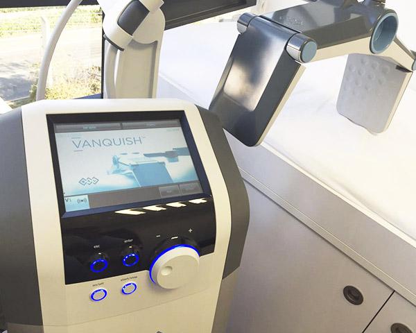 A tecnologia Vanquish foi aprovada pelo FDA em 2014, e esta ha menos de um ano no Brasil.